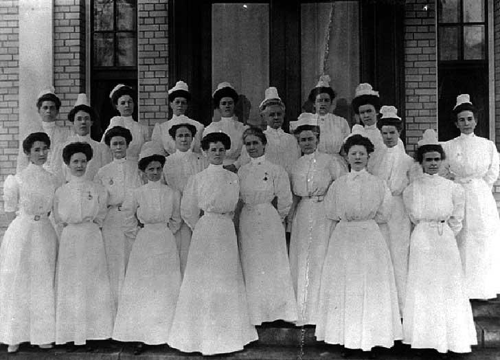 nurses-18001-600x432