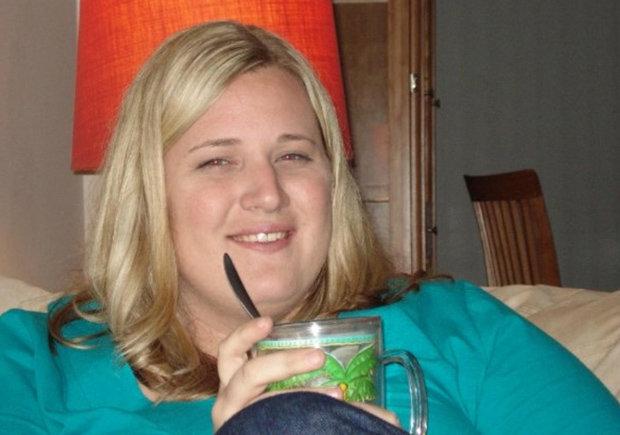 Fat-blonde-woman-337663