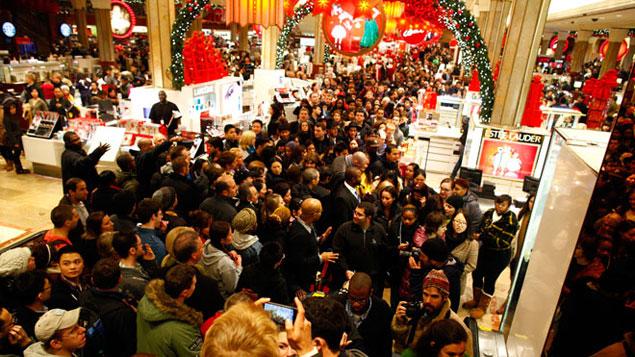 centro-comercial-abarrotado