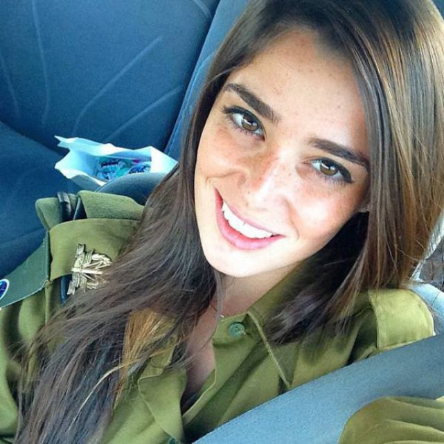krasivye-devushki-izrailskoj-armii-7