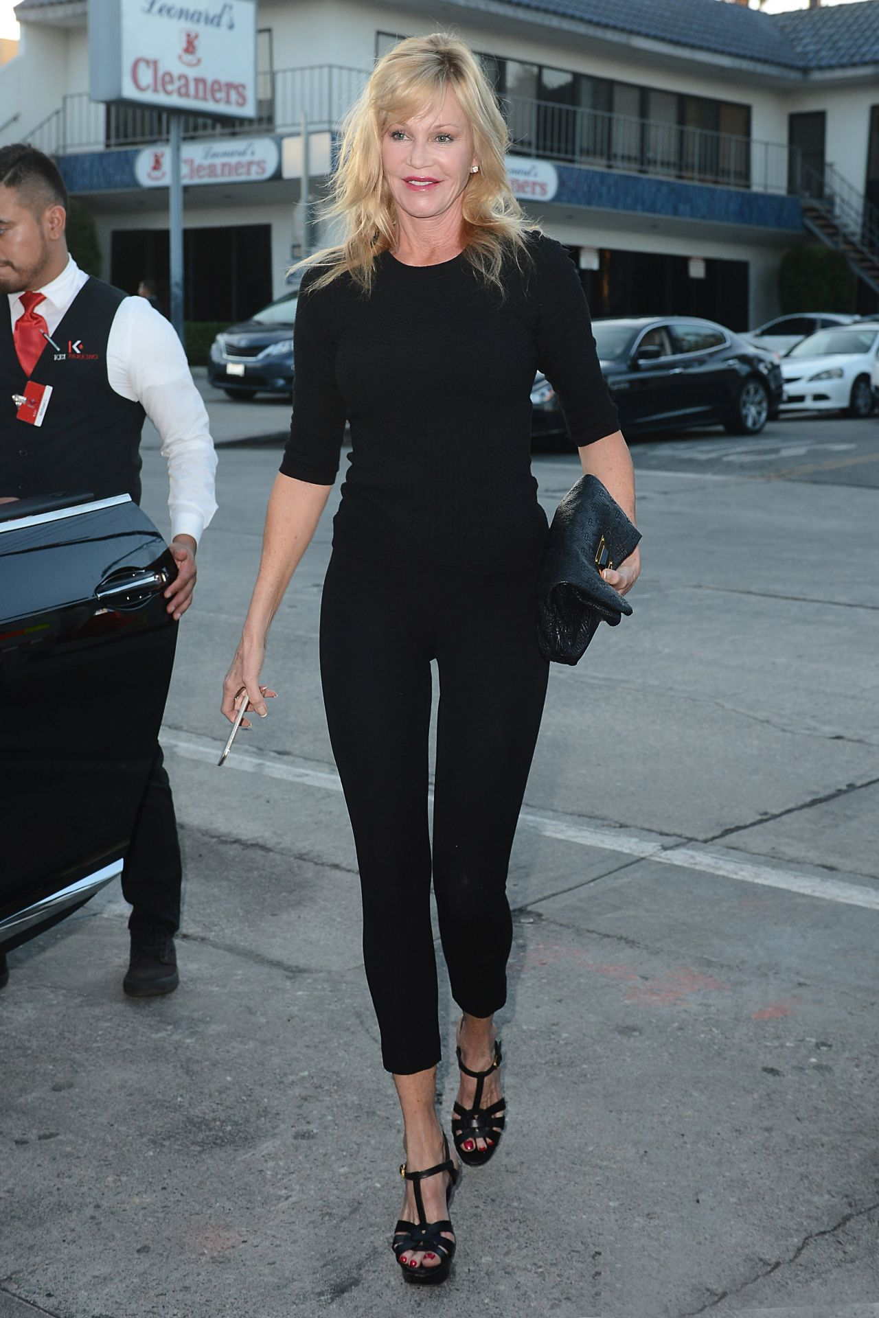 melanie-griffith-fashion-out-in-west-hollywood-july-2015_1