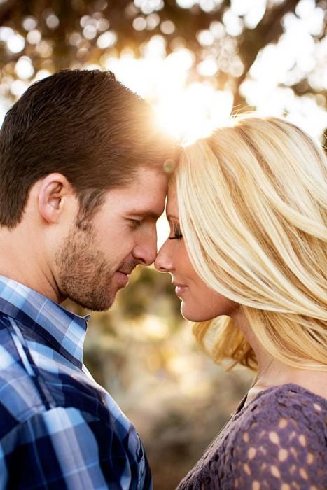 poses-para-fotos-de-pareja-16-467x700