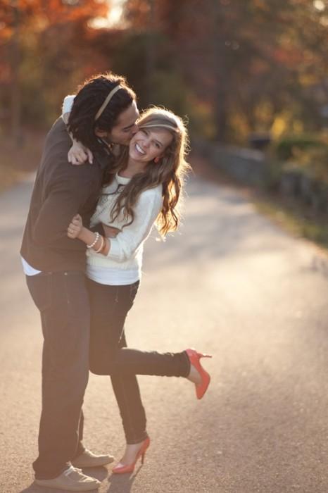 poses-para-fotos-de-pareja-29-466x700
