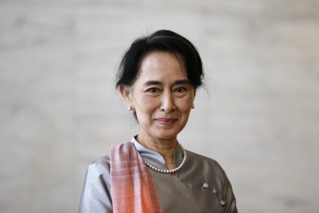 578705-650-1453084278-myanmar-pro-democracy-leader-aung-san-suu-kyi