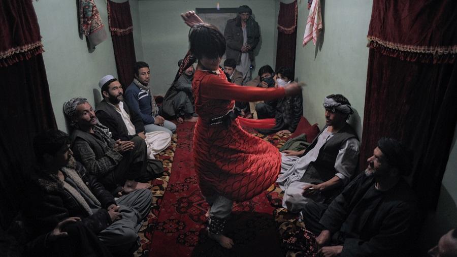 Bacha+Bazi+pederastia+legal+en+Afganistán+MBC+Times