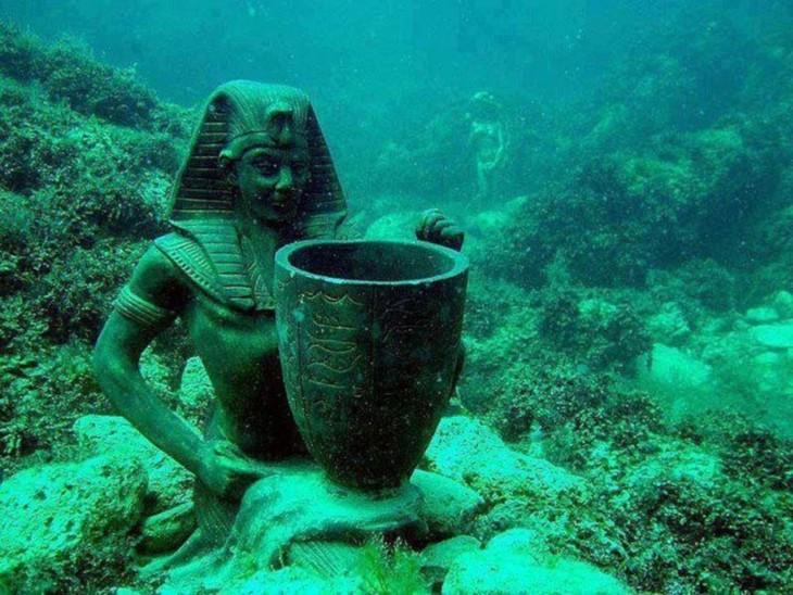 Hermosas-ciudades-sumergidas-debajo-del-mar-6-730x548