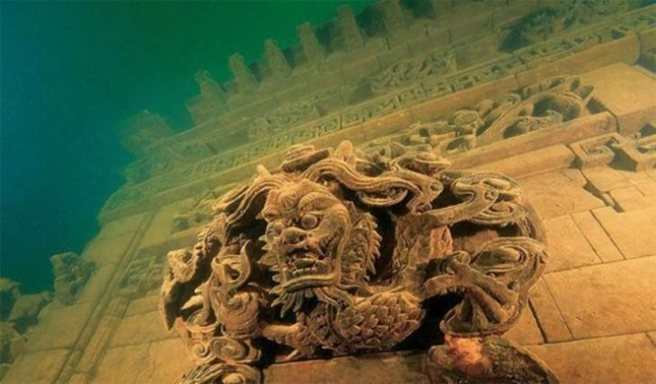 Hermosas-ciudades-sumergidas-debajo-del-mar-7-730x428