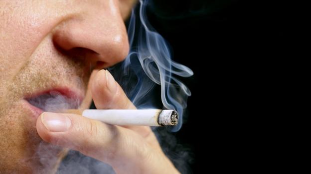 cigarro-fumar-humo-tabaco-pulmon-cancer
