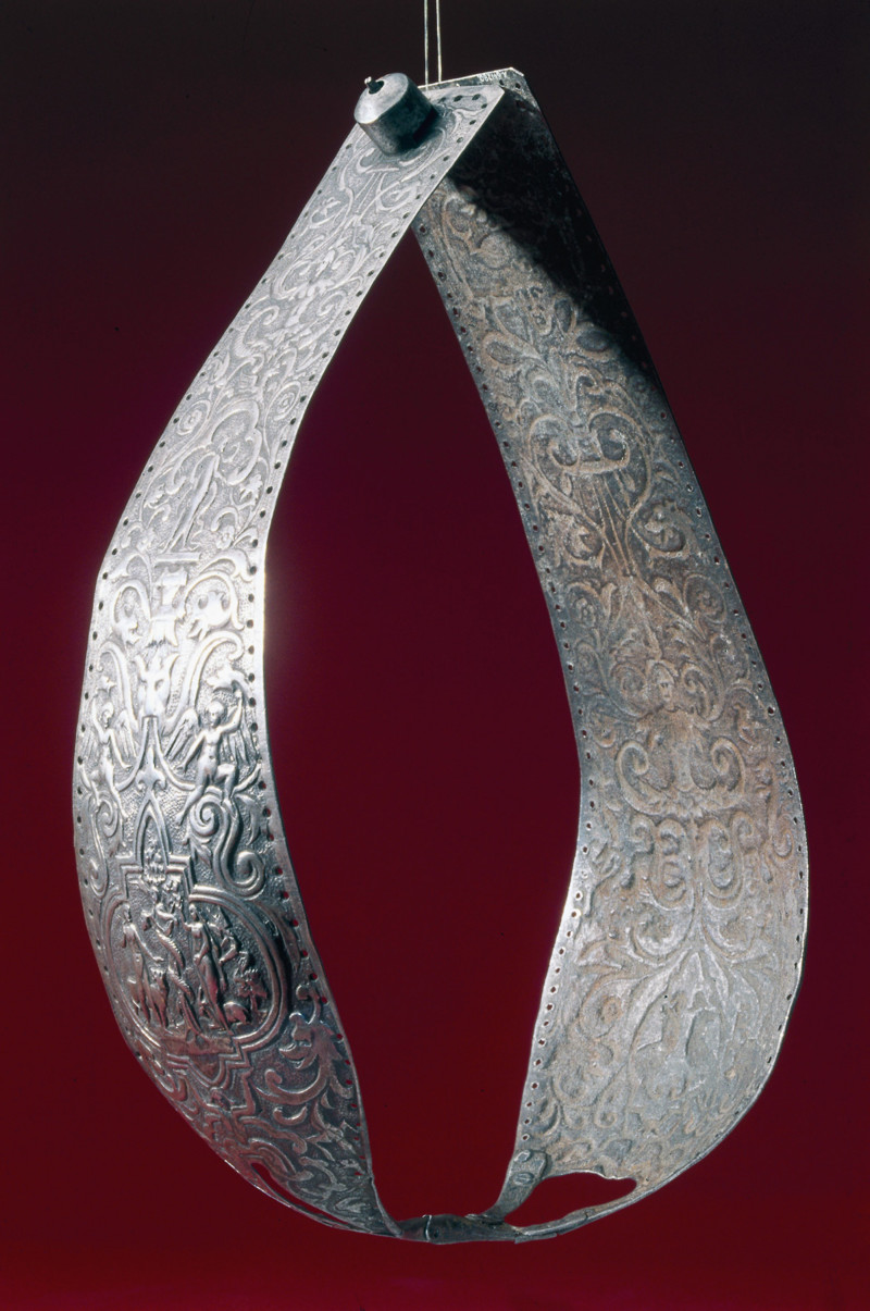 Chastity belt, 15th-16th century.