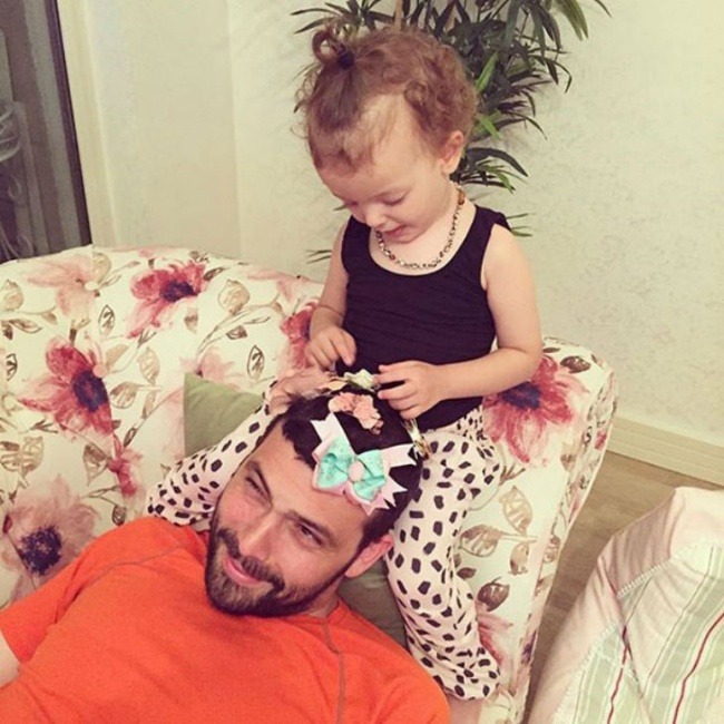 942805-650-1454468359-daughters-make-dads-pretty-61__605