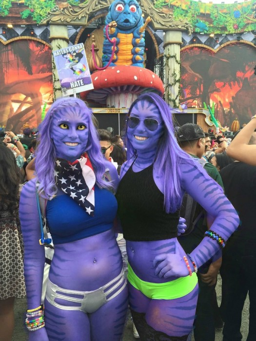 Batalla-de-photoshop-chicas-de-festival-de-música-2-525x700