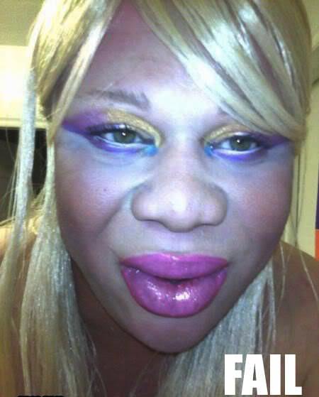 Funny-Makeup-Fails1