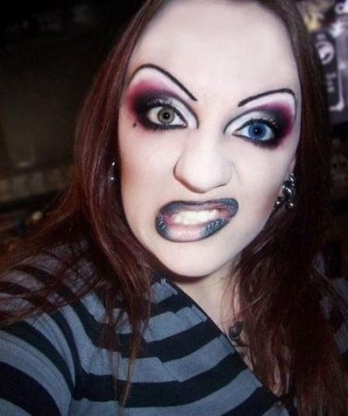 Funny-Makeup-Fails7