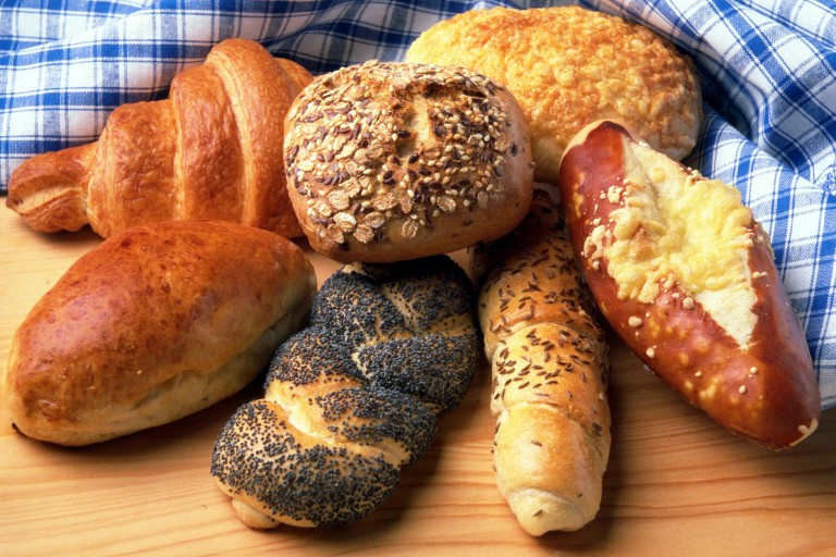 bread-food-healthy-breakfast-768x512