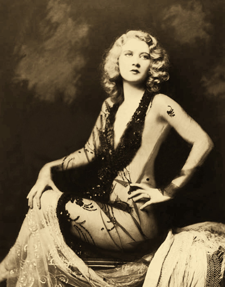 This image is from Historical Ziegfeld: http://ziegfeldgrrl.multiply.com/