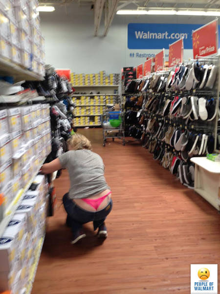 kooky_people_you_can_see_at_walmart_640_04