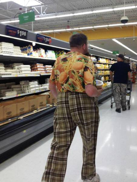 kooky_people_you_can_see_at_walmart_640_52
