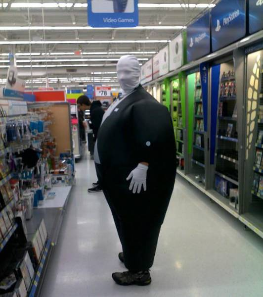 kooky_people_you_can_see_at_walmart_640_55