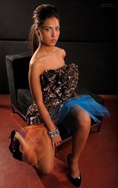 models_that_make_posing_look_really_hard_640_28