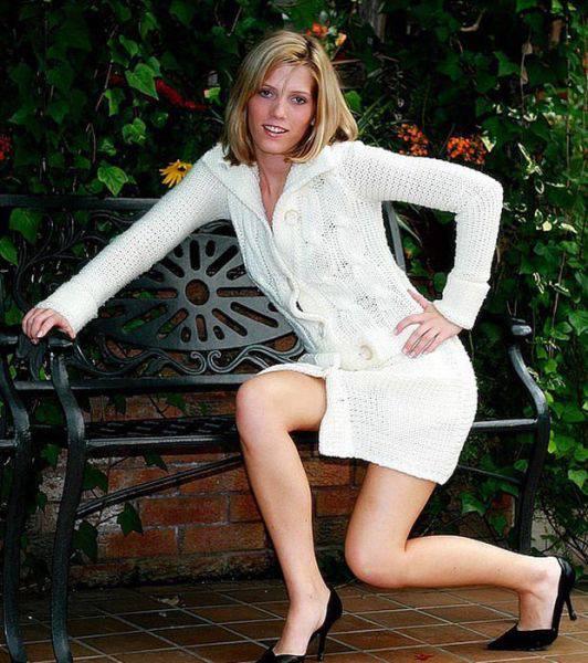 models_that_make_posing_look_really_hard_640_30