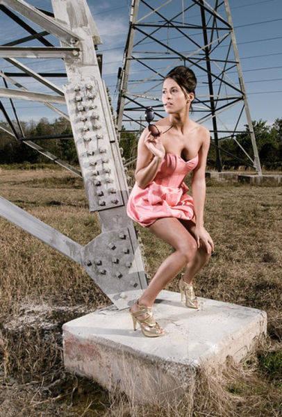 models_that_make_posing_look_really_hard_640_31