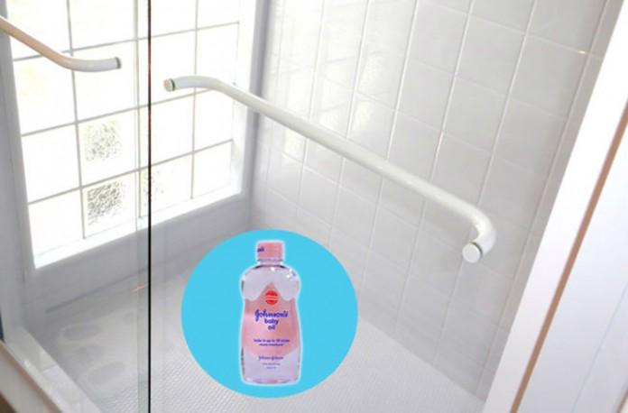 usos-alternativos-del-aceite-para-bebes-17-696x458
