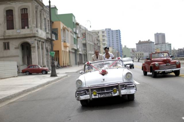 another_batch_of_photos_from_depicting_everyday_life_in_cuba_640_57