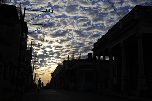 another_batch_of_photos_from_depicting_everyday_life_in_cuba_640_81