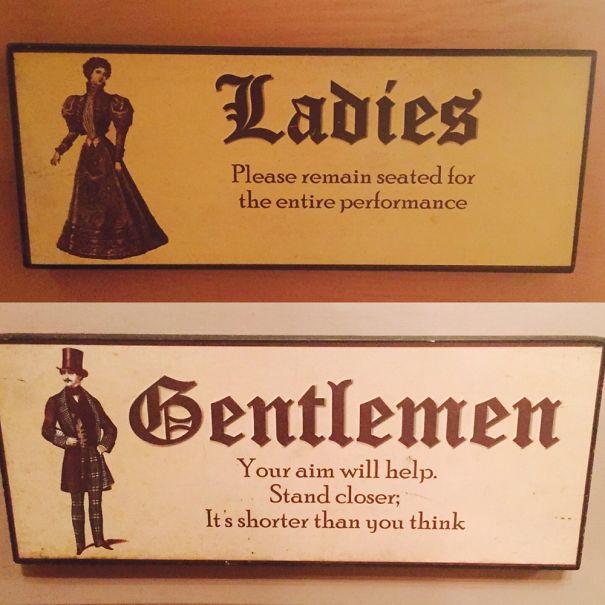 Carteles de baños curiosos