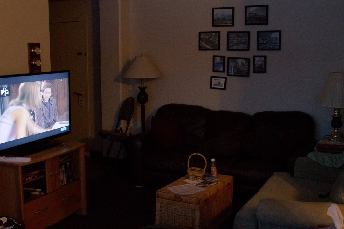 here-are-some-pictures-of-the-condo-we-spent-the-night-in-it-feels-cozier-than-you-would-imagine