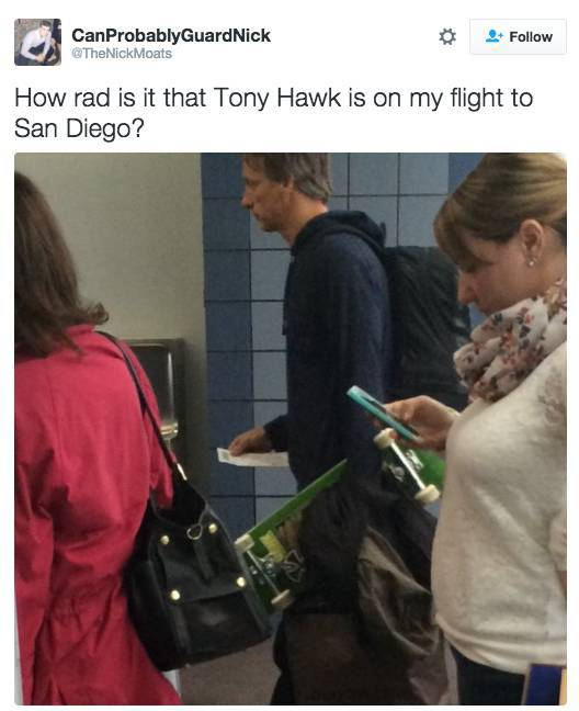 random_celebrities_taking_random_flights_640_high_07
