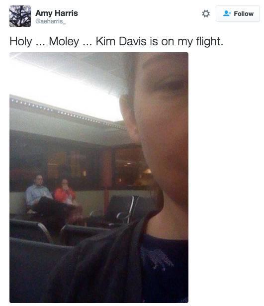 random_celebrities_taking_random_flights_640_high_08