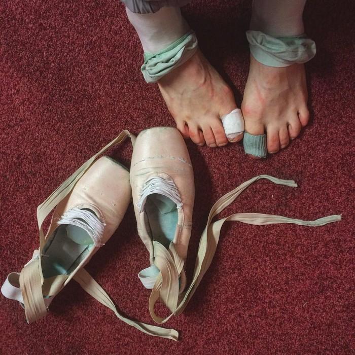 30 IMPACTANTES fotos de las bailarinas de Ballet ruso detrás del