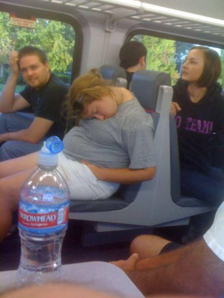 you_can_see_plenty_weirdness_while_commuting_640_05