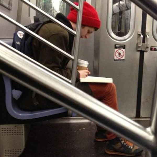 you_can_see_plenty_weirdness_while_commuting_640_20