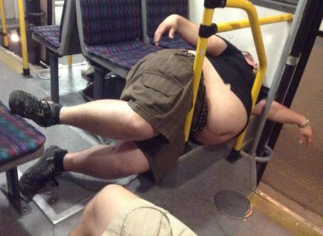 you_can_see_plenty_weirdness_while_commuting_640_22