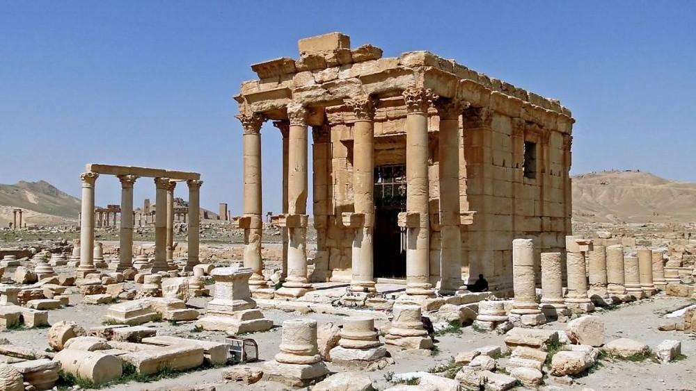 1280px-Temple_of_Baal-Shamin_Palmyra-e1440367160118