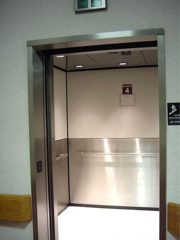 ascensor-hospital