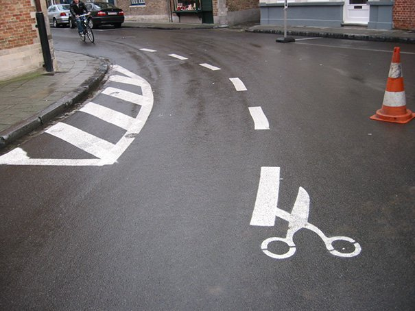 funny-vandalism-street-art-46-5703b6c7826ca__605