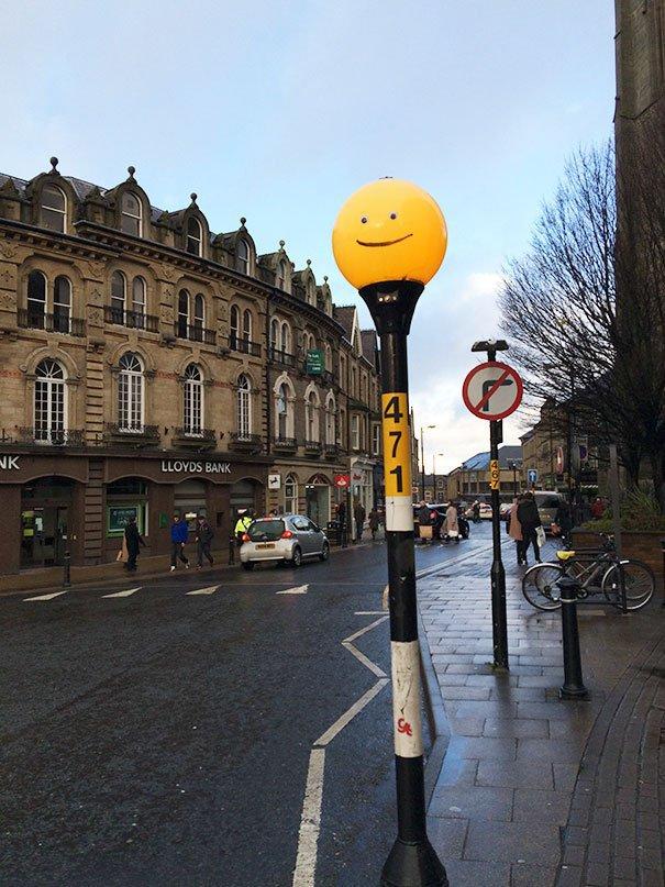 funny-vandalism-street-art-49-5703b8d4e7c3e__605
