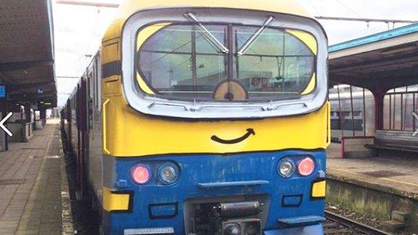 funny-vandalism-street-art-51-5703bac98322f__605