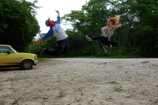 great_photos_are_made_thanks_to_forced_perspective_technique_640_63