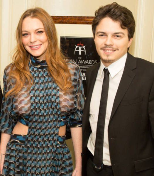 lindsay_lohan_celebrated_her_engagement_to_the_son_of_a_russian_billionaire_640_02
