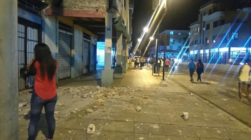 terremoto-ecuador-14