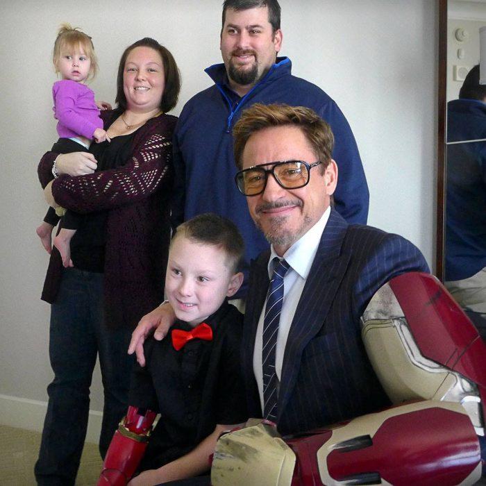 15-cosas-por-las-que-Robert-Downey-Jr-es-el-hombre-perfecto-4-700x700