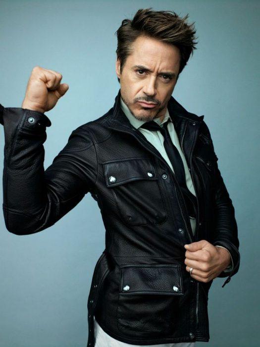 15-cosas-por-las-que-Robert-Downey-Jr-es-el-hombre-perfecto-6-525x700