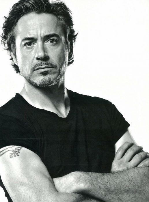 15-cosas-por-las-que-Robert-Downey-Jr-es-el-hombre-perfecto-9-516x700