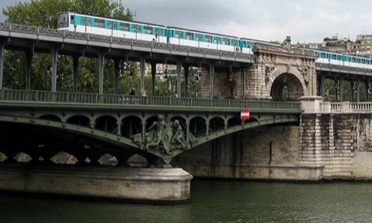 1464943862_Bir-Hakeim-before-2