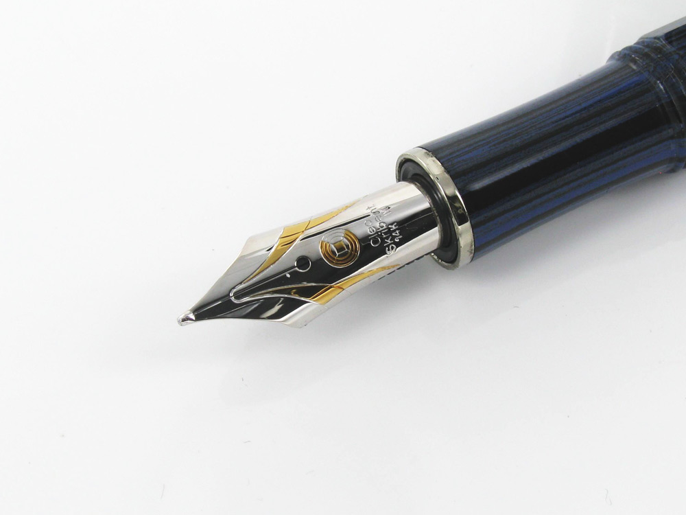 Cleo-Skribent-Fountain-Pen-Ebonite-Edition-14K-Nib-CS27001-2
