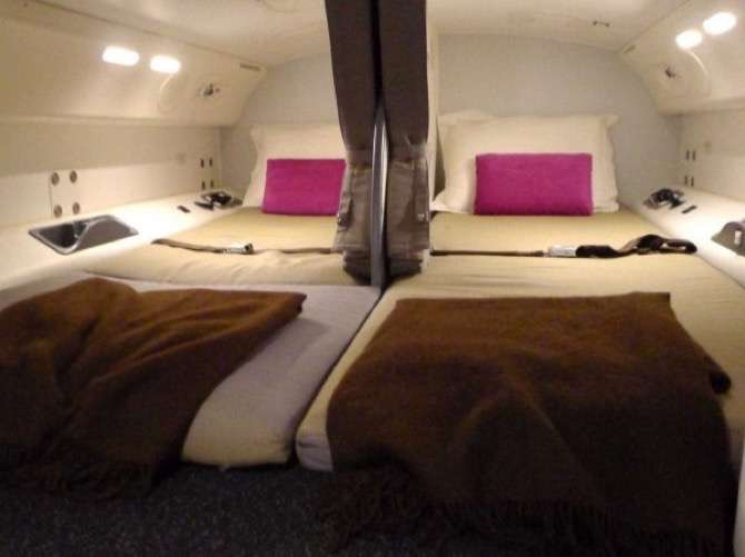 camas-azafatas-avion-10-2
